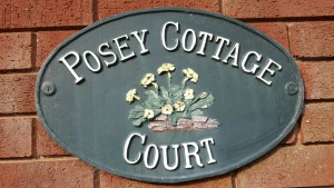 Posey Cottage Court logo